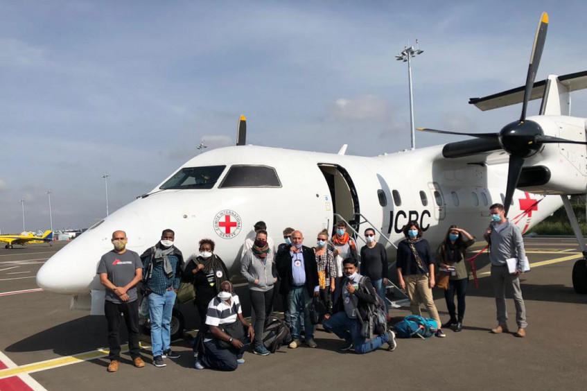 Sudan: Humanitarian aid flight brings medical and support staff to Khartoum