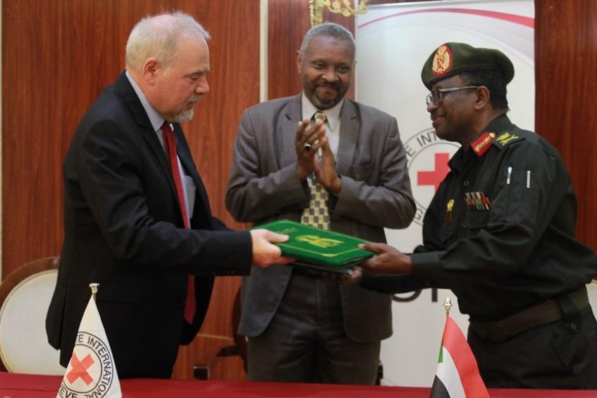 تجديد مذكرة تفاهم بين اللجنة الدولية للصليب الأحمر والقوات المسلحة السودانية