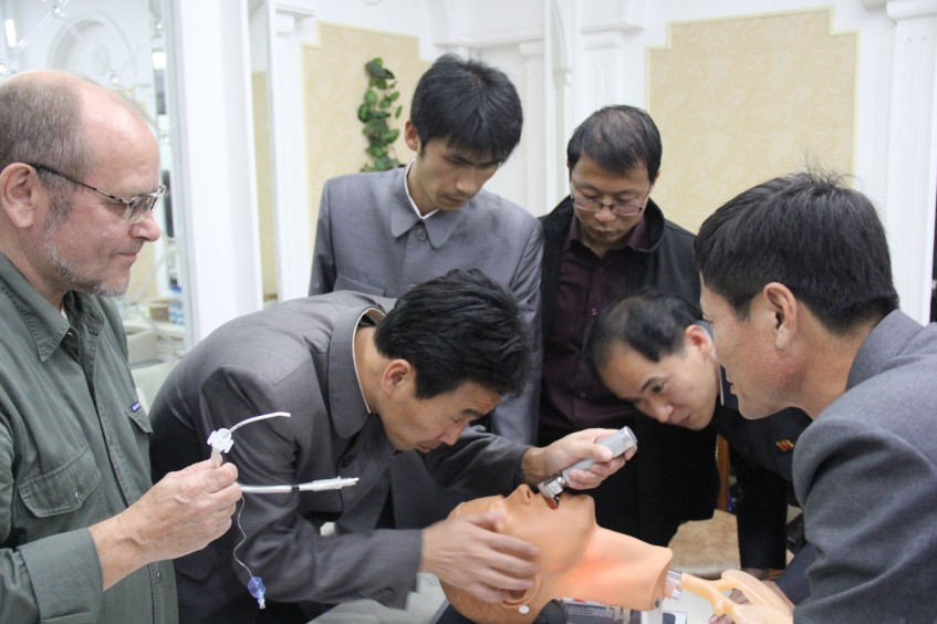 DPRK: Discussing emergency room trauma management in Pyongyang