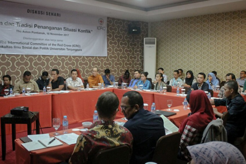 Indonesian Borneo: Exploring religious principles and local traditions in conflict