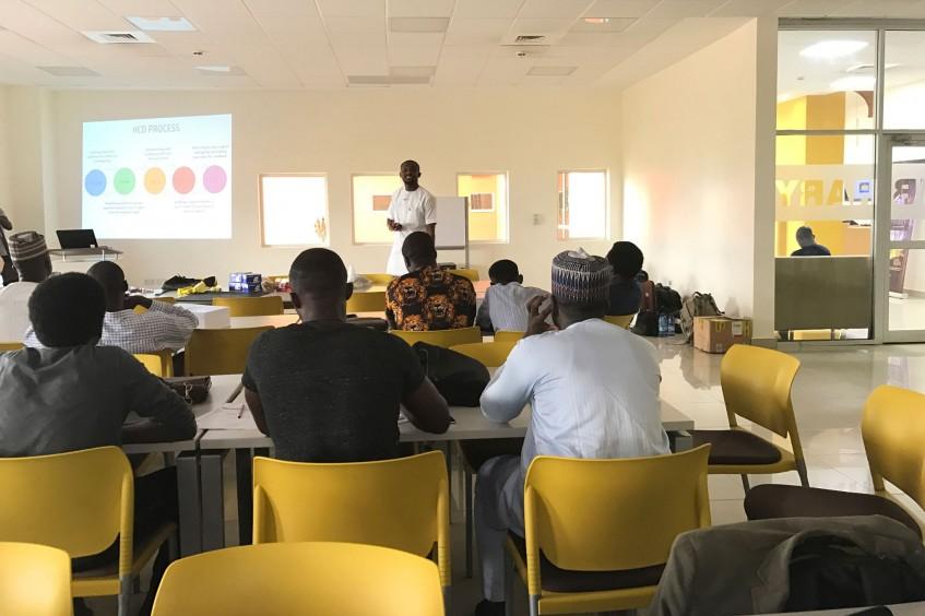 Nigerianer suchen eigene innovative Lösungen für humanitäre Bedürfnisse