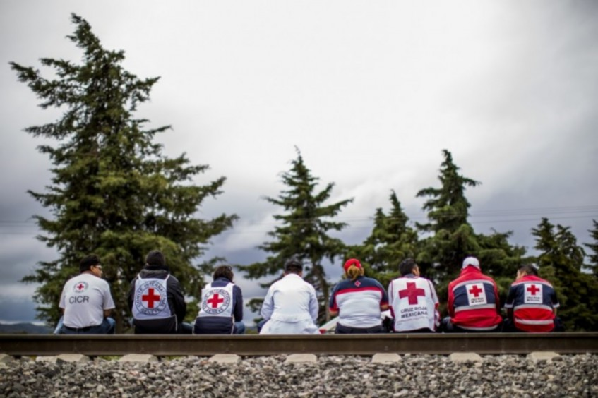 Choosing your possible future employer: ICRC or your National Red Cross Society