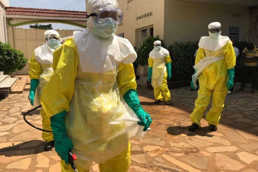 مكافحة تفشي إيبولا في منطقة نزاع مسلح