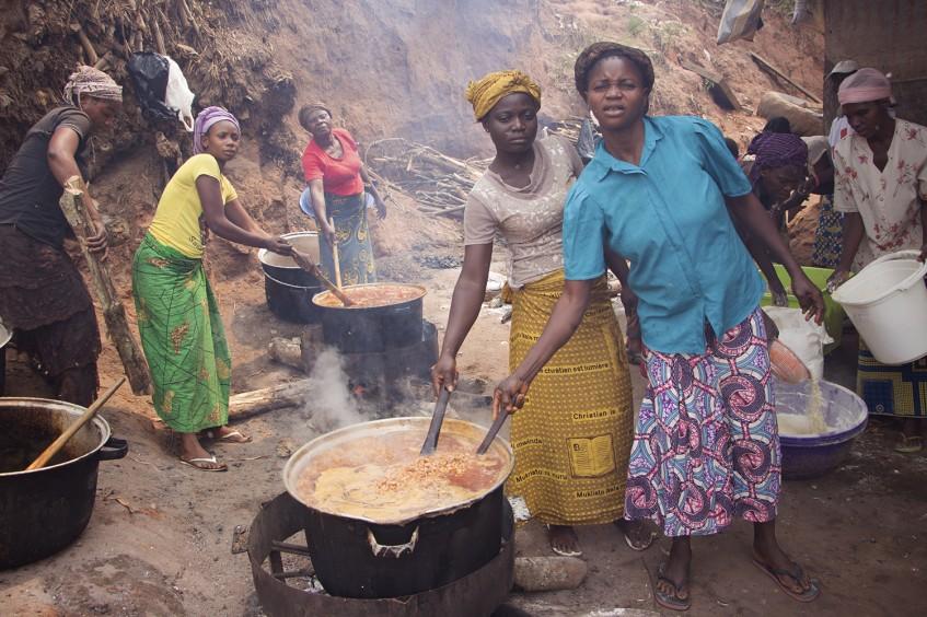 República Democrático do Congo: sofrimento das famílias que fogem da violência em Kasai