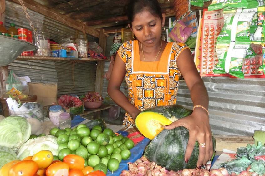 斯里兰卡:受过去冲突影响的民众恢复经济稳定