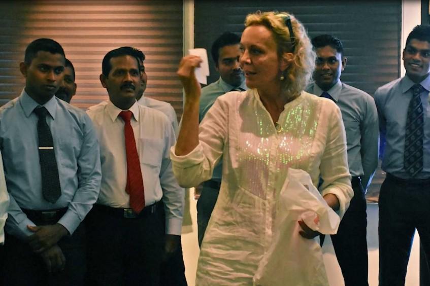 在斯里兰卡培训警察:驰骋于男性世界的女性