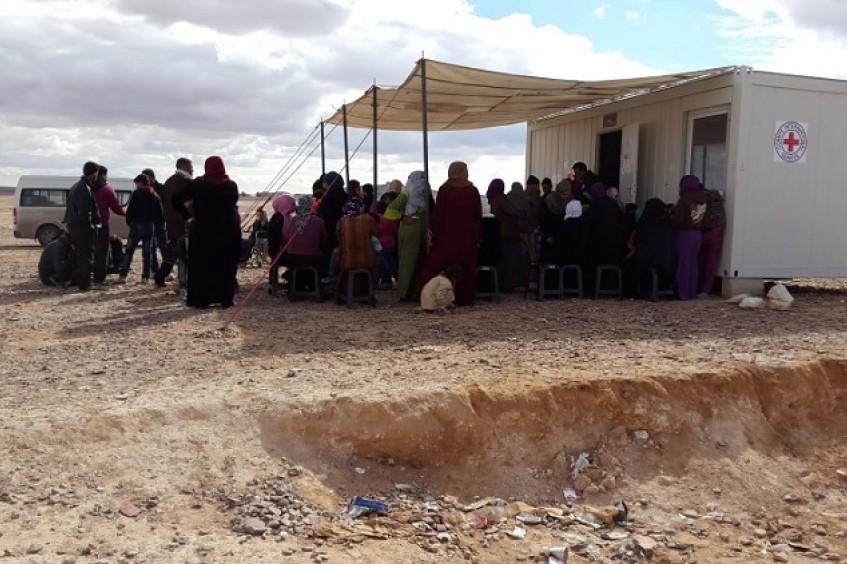 被困约旦和叙利亚之间的民众高达数万,国际社会必须快速应对他们的需求