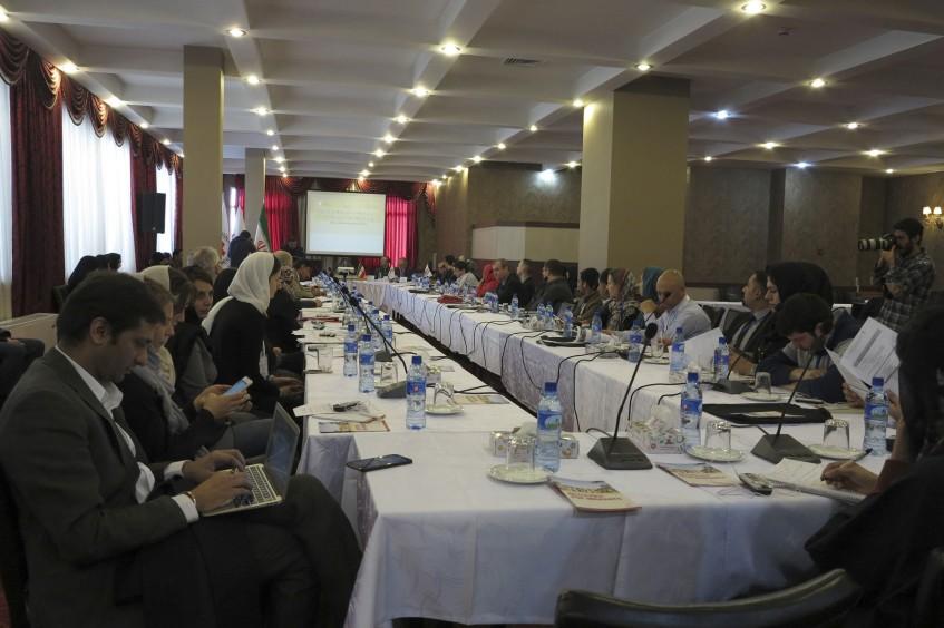 伊朗:各国红会探讨如何帮助移民与家人保持联系