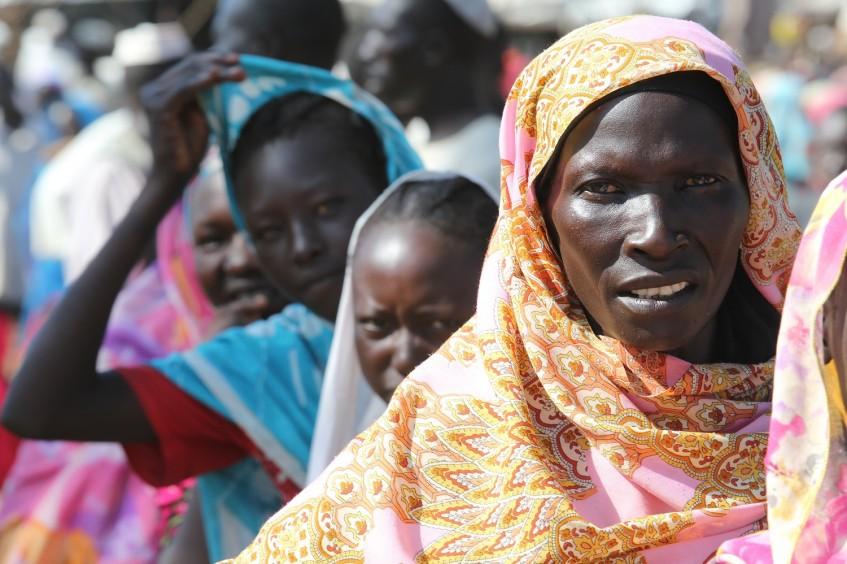 السودان: وزارة الداخلية واللجنة الدولية للصليب الأحمر توقعان مذكرة تفاهم لنشر القانون الدولي الإنساني والقانون الدولي لحقوق الإنسان