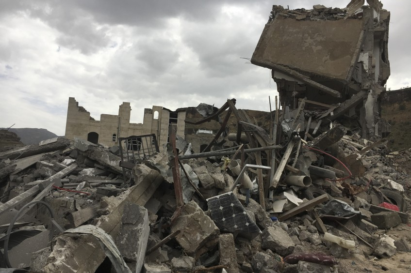 ICRC deplores loss of civilian life in airstrikes on densely populated neighbourhoods of Sana'a
