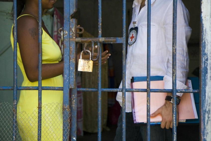 Preocupa ausencia de un efectivo enfoque de género en la política criminal y penitenciaria colombiana