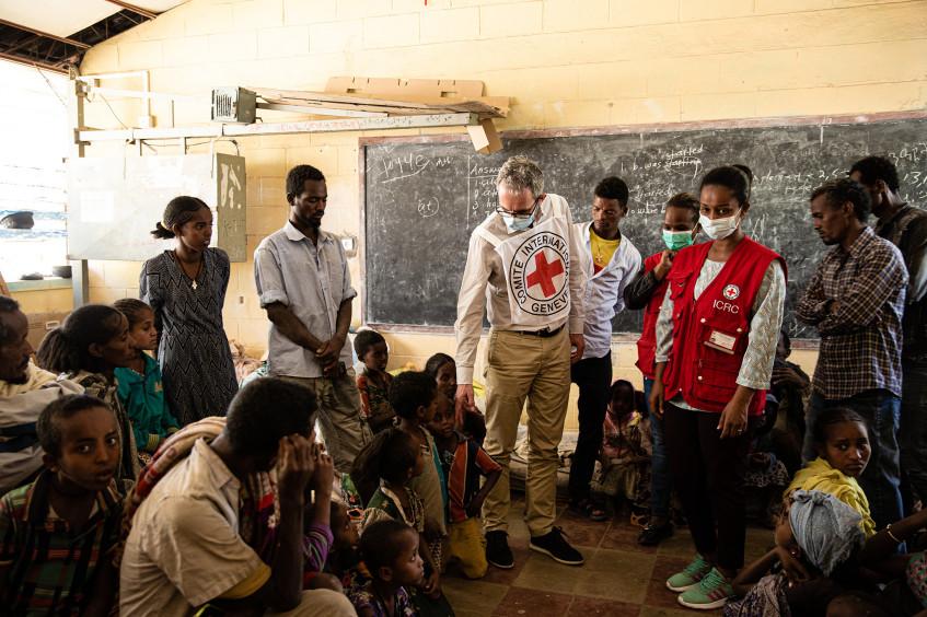 Эфиопия: перемещенных лиц все больше, потребность в помощи все острее