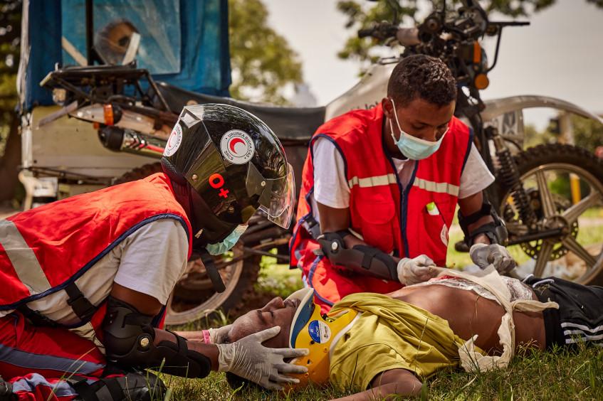 索马里:红新月会加强摩加迪沙的救护车服务