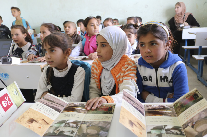 """رئيس اللجنة الدولية، السيد بيتر ماورير: """"يجب ألا يُستهدف التعليم في أثناء النزاعات"""""""