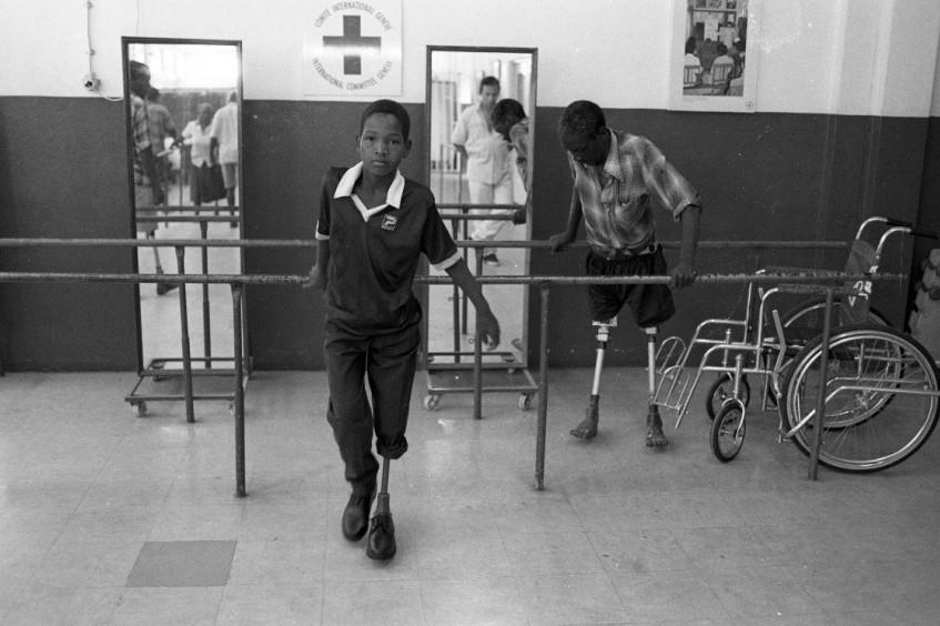 莫桑比克:40余载人道工作