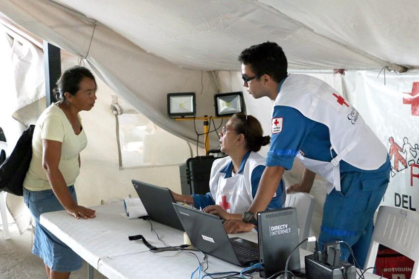 Puntos de llamadas y wifi para migrantes en Colombia