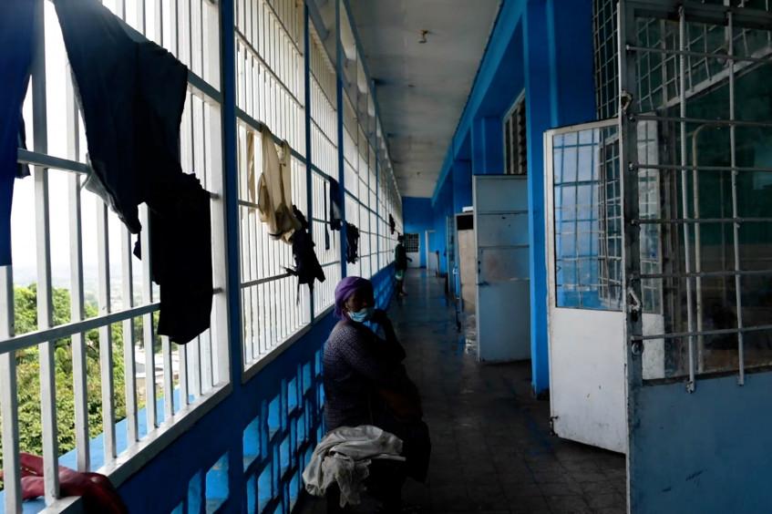 DIH et COVID-19 dans les lieux de détention en RDC : l'article récompensé par le concours de rédaction en droit international humanitaire à Abidjan