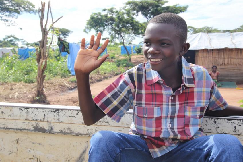 赞比亚:五个孩子与家人团聚