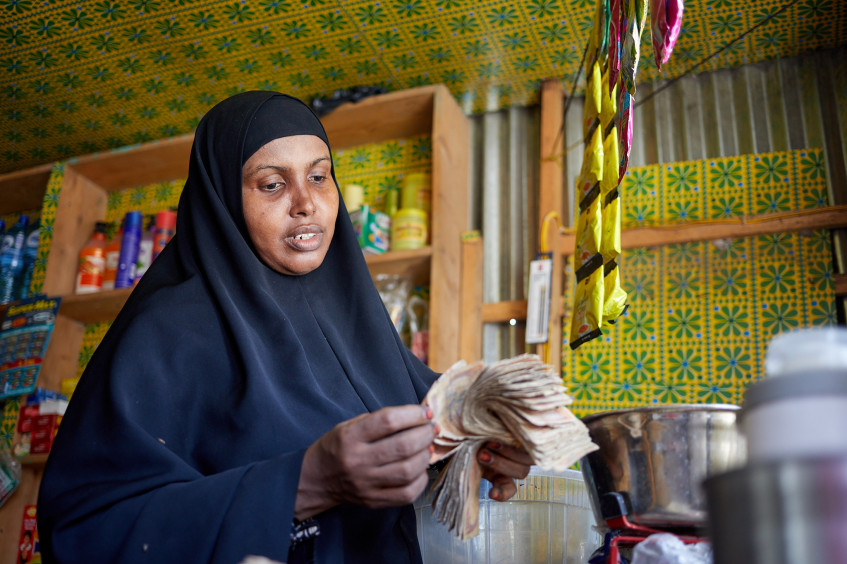 Somalia: Cash and business skills training support to women-headed businesses
