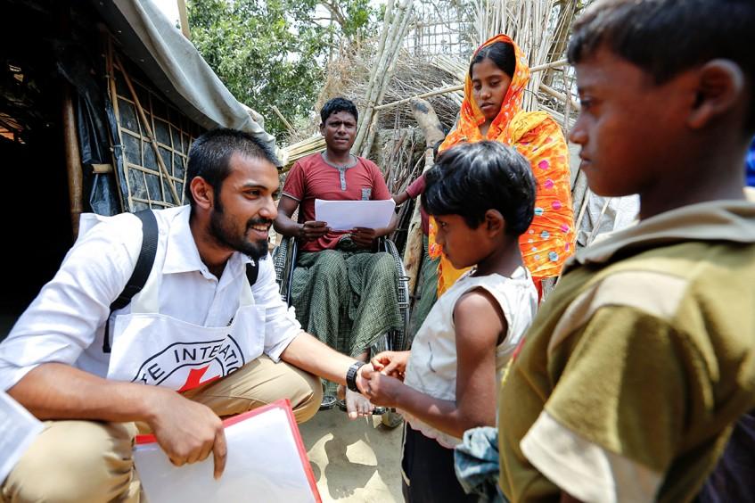 缅甸在押人员:儿子的红十字通信结束了母亲七个月的焦急等待