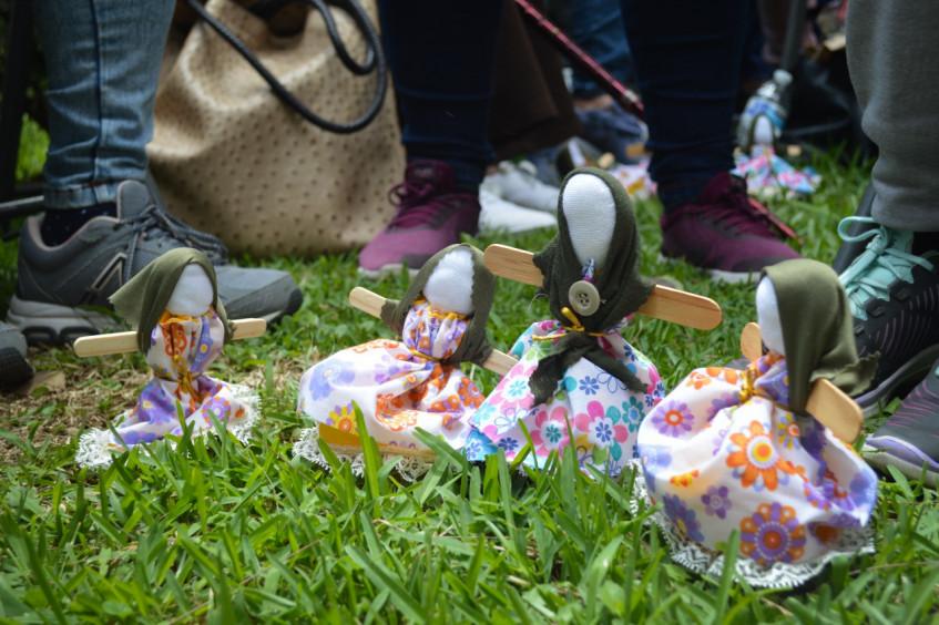 México: bonequinhas quitapesares acompanham familiares de pessoas desaparecidas