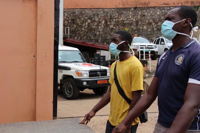 Cameroun : barrer la route au Covid-19 dans les lieux de détention - Interview