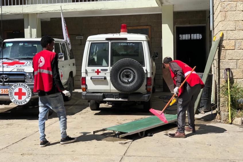 Эфиопия: из-за нехватки медицинских материалов больницы в Мэкэле с трудом справляются с наплывом раненых