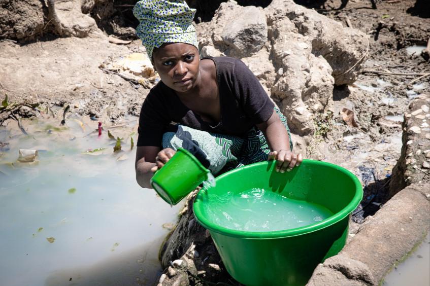 莫桑比克:红十字国际委员会行动部主任表示武装冲突和极端天气对卡博德尔加多省公共卫生构成威胁