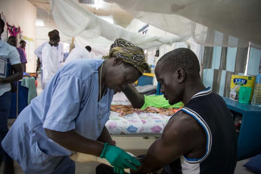 «Je voulais être infirmière pour être utile à mes compatriotes»