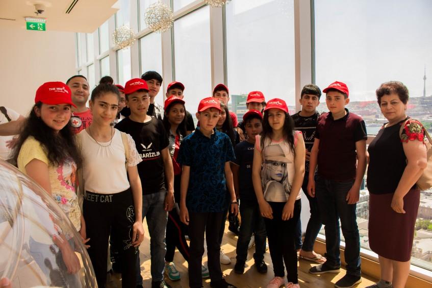 Azerbaijan: ICRC organizes children's visit to UEFA Europa League final