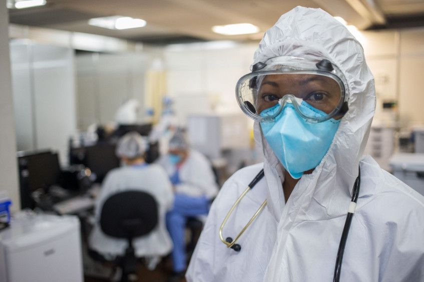 """Behind the Masks"": Photobook on the challenges that essential workers face in the pandemic"