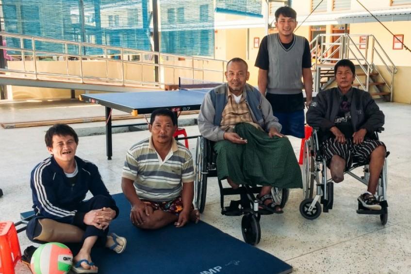 缅甸:肢残农民认识到重拾希望,永远不晚