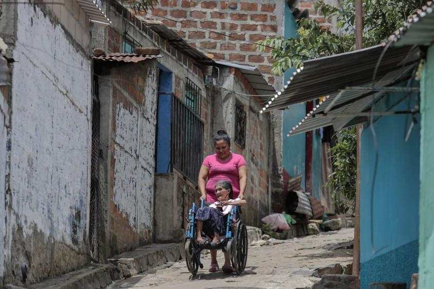 El Salvador: en El Huerto germinan nuevas semillas de salud