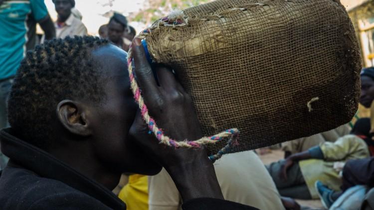 Carrera por la supervivencia en el ardiente desierto de Níger