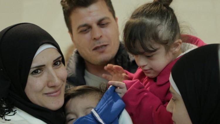 Reunir a familias de refugiados separados por el conflicto y la burocracia