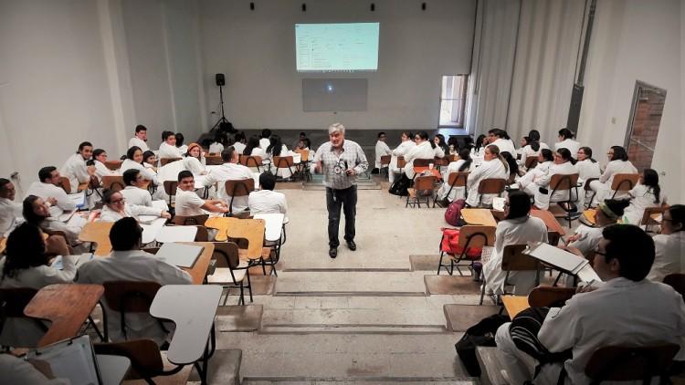 Honduras: colaboración del Comité Internacional de Cruz Roja con el Hospital Escuela Universitario