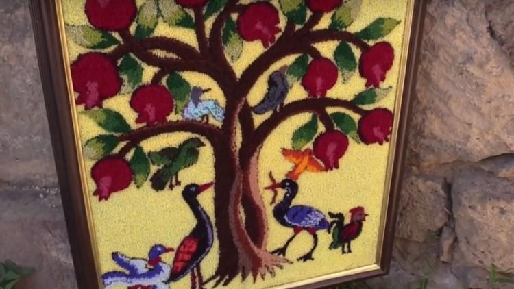 Armenia: Women weave tapestries in memory of their missing husbands