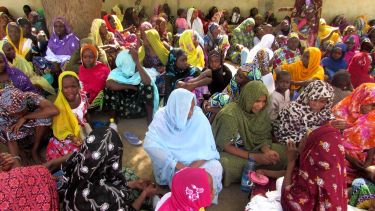 Cameroon: Thousands of internally displaced persons received food aid in 2016