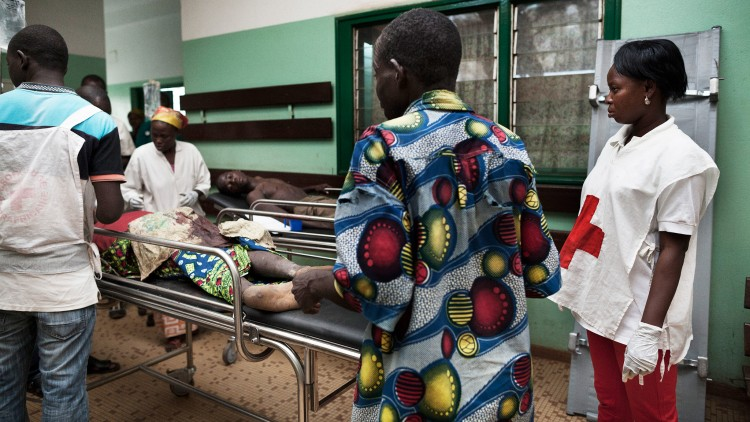Violence increasing in Bangui, access to injured threatened