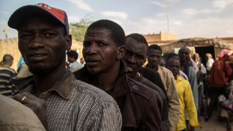 Pretória: mais de 5 mil migrantes entraram em contato com as famílias em 2015