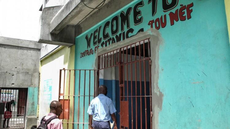 Haití: mejorar las condiciones de detención sigue siendo prioritario