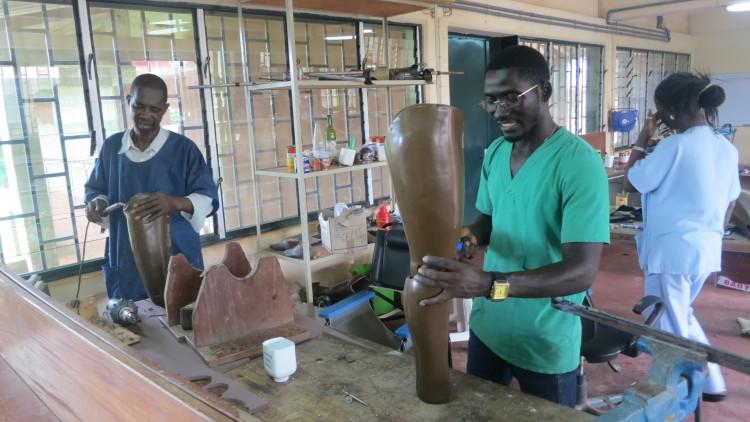 Ziguinchor-Bissau : une collaboration transfrontalière pour des victimes de mines