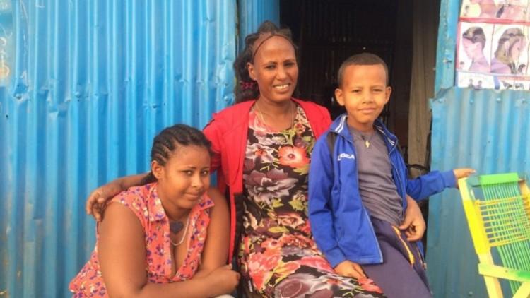 Eritreia/Etiópia: mãe e filha são reunidas após 18 anos de separação