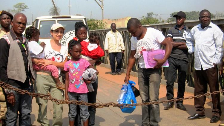 Libéria / Côte d'Ivoire : Enfants ivoiriens réunis avec leurs familles