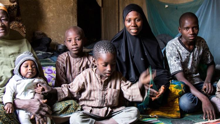 Nigéria: lágrimas de alegria no reencontro das famílias