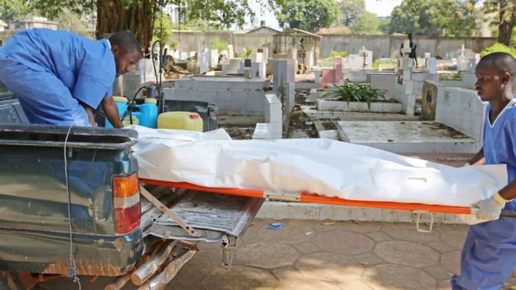 Cruz Vermelha/Crescente Vermelho denuncia violência contínua contra voluntários que trabalham para impedir disseminação do ebola
