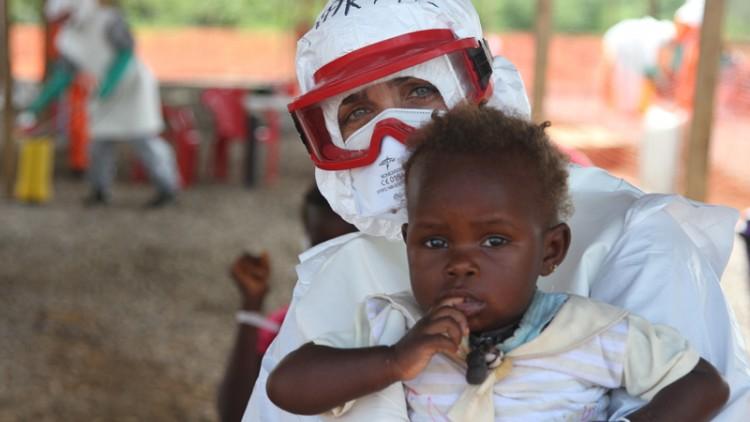 Ébola: el mundo necesita trabajadores humanitarios en África occidental