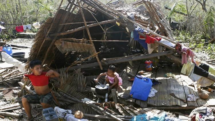 Movimento Cruz Vermelha e Crescente Vermelho se prepara para atender as necessidades humanitárias após Hagupit