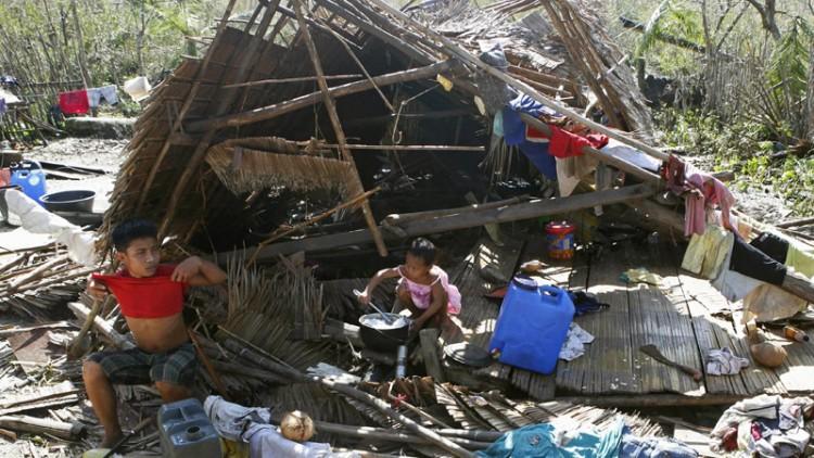 """الحركة الدولية للصليب الأحمر والهلال الأحمر تستعد لتلبية الاحتياجات الإنسانية في أعقاب إعصار """"هاغوبيت"""" المداري"""
