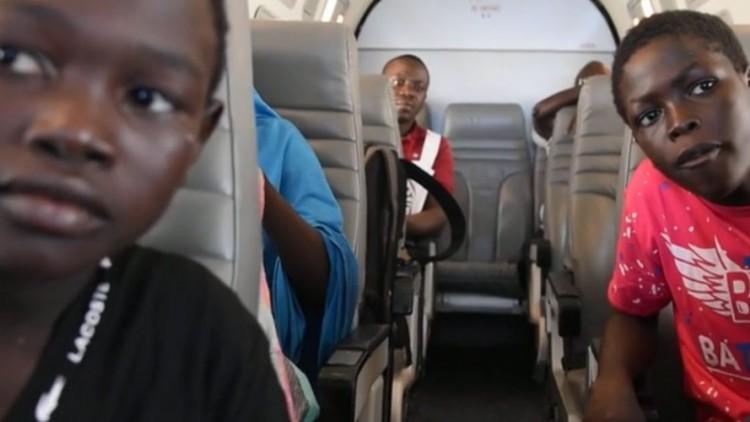 Nigéria: crianças refugiadas são reunidas com as famílias